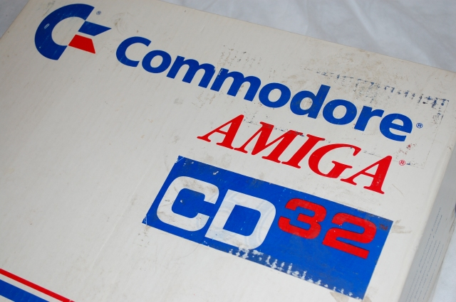 Amiga CD32 Box